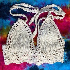 LA HEARTS crochet cream crop top lined tie back S